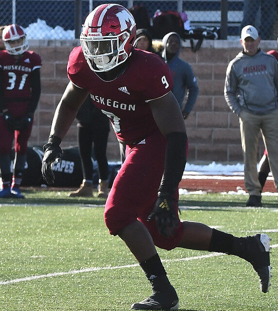 Muskegon Scores Final 42 Points in Win Over Union