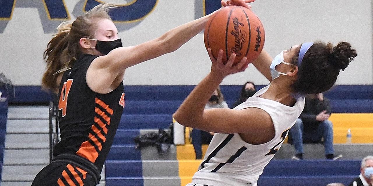 Double Dribble: High School Basketball Recap 3/2